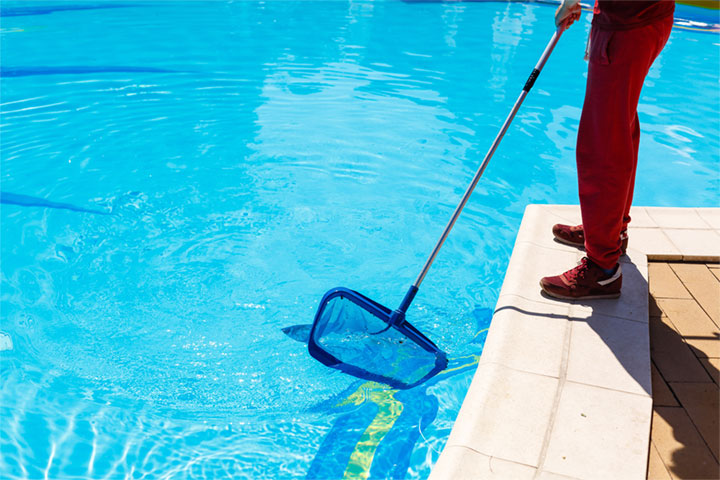 Advantages of a Small Business Over a Large One | Pool Service